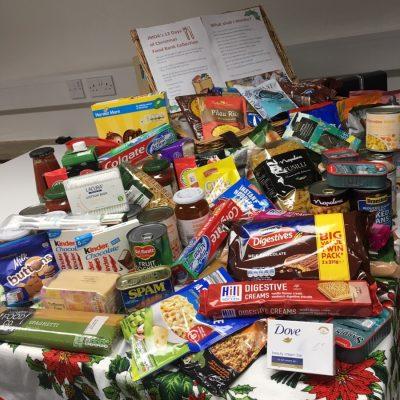 JMDA donate to local foodbank